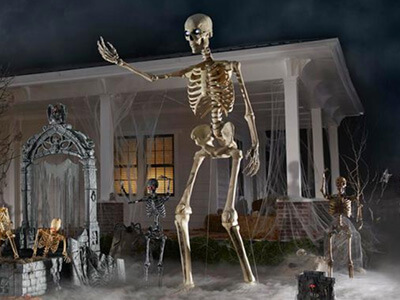 Home Depot Achieves Huge Sales With 12-Foot Skeleton Prop featured image
